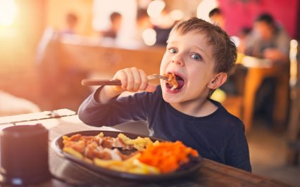 back-to-school-restaurant-deals-2015-ftr